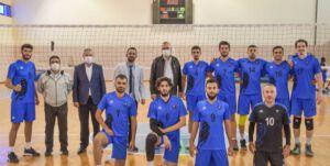 Karacabey Belediyespor voleybolda liderliği sevdi